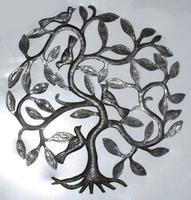 Arbol de metal con aves