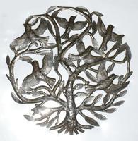 Escultura de arbol con aves