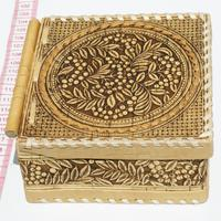 Caja con dibujo de cerezas