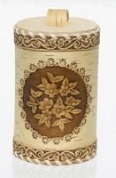 Caja de abedul con flores