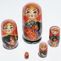 Muneca rusa de cuento
