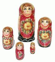 Muneca rusa con flores