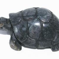 Tortuga tallada en piedra