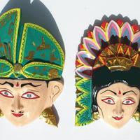 Dos mascaras