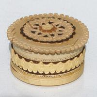 Caja tallada en abedul