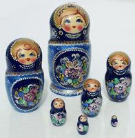 Muneca rusa azul